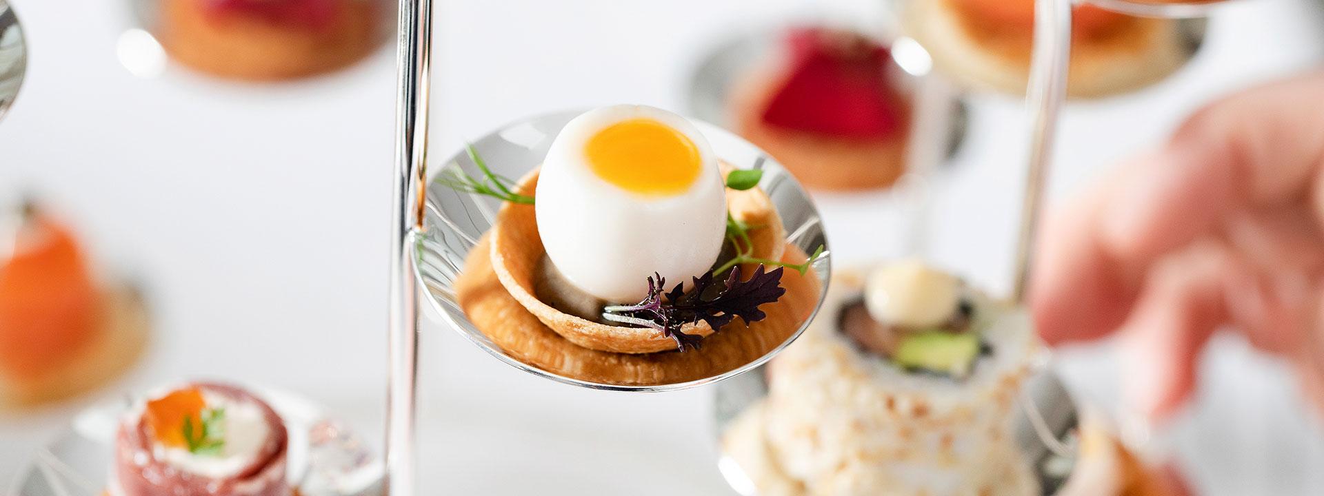 Claridge's egg close up
