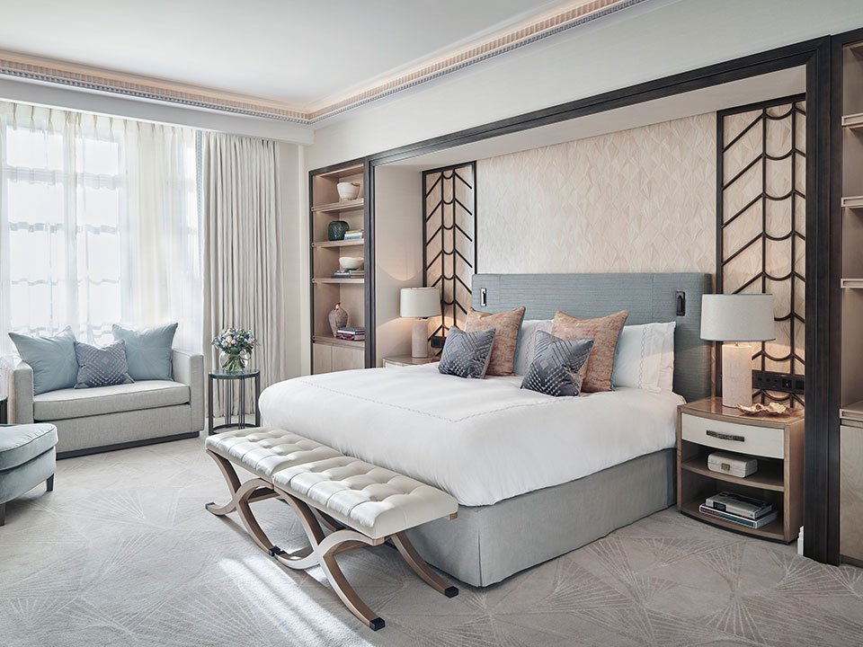 Claridge's Studio Art Deco Design With King Bed