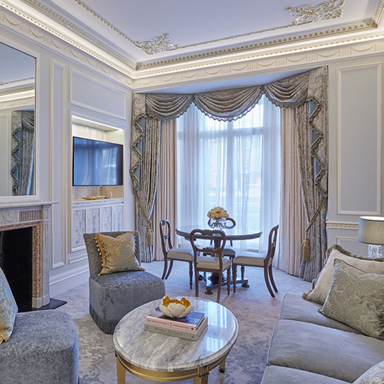 Deluxe Mayfair Suite